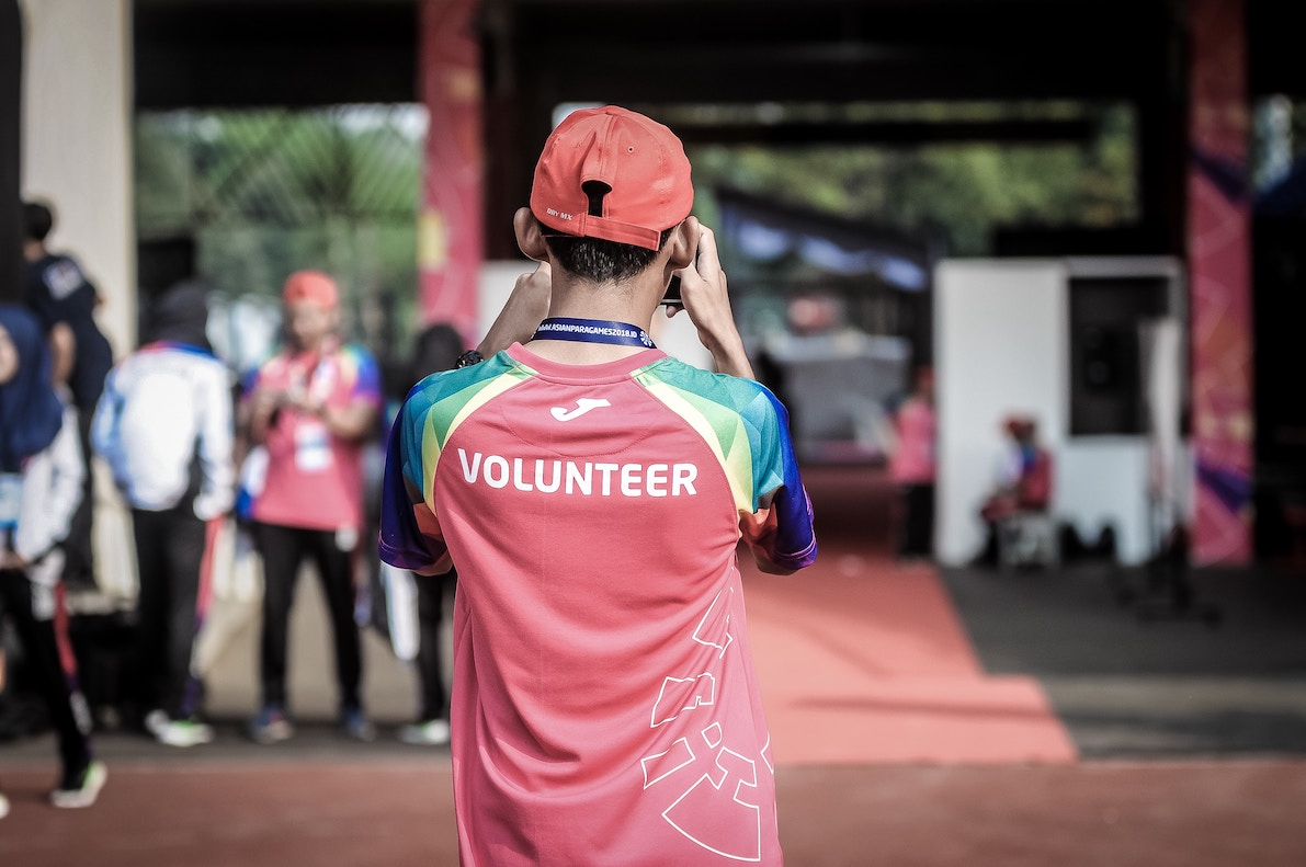 a volunteer in training program
