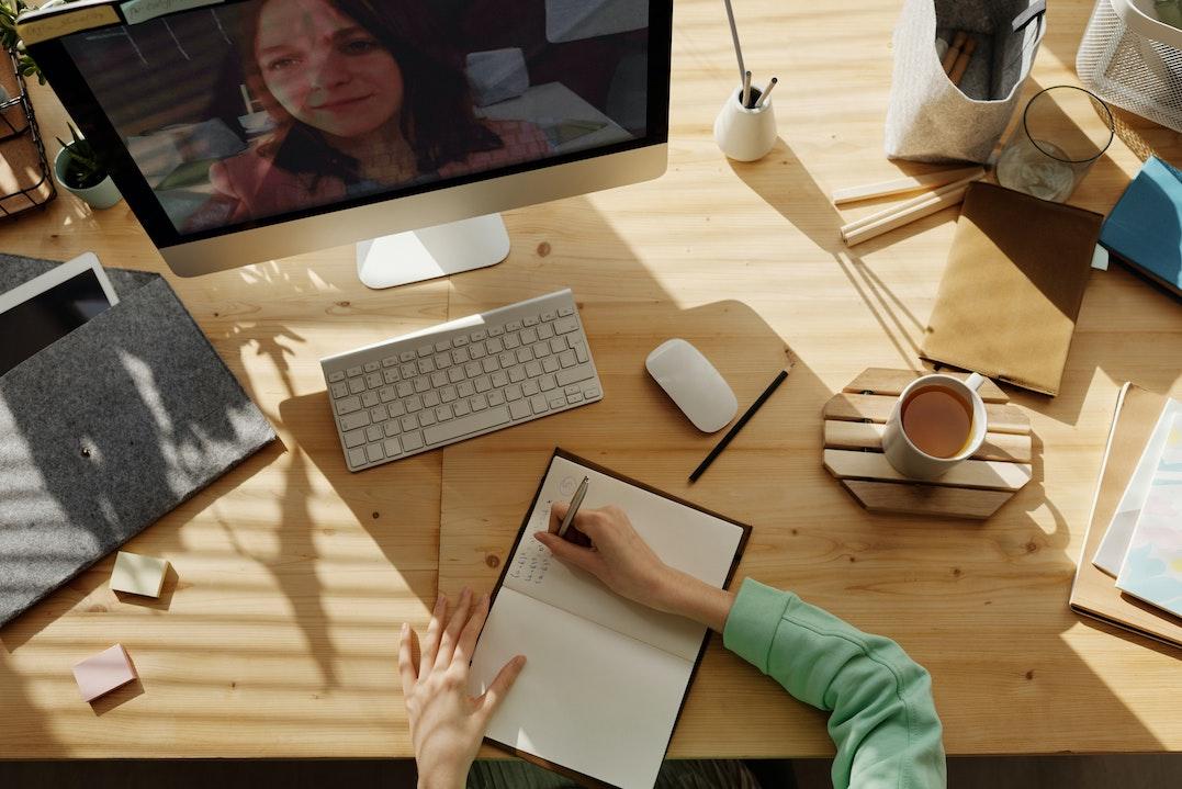 online learning student studies via computer