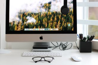 How to set up a work-from-home office for your employees