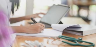 A healthcare worker creates a legal compliance checklist for using limited data sets