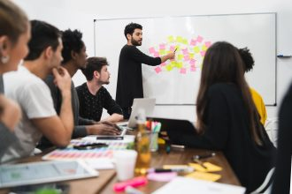 5 tips to get into UX research