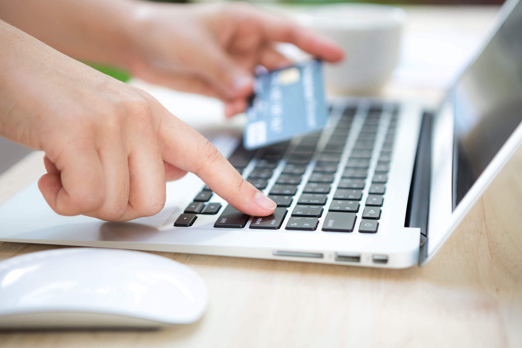 A person using stripe payment system online.