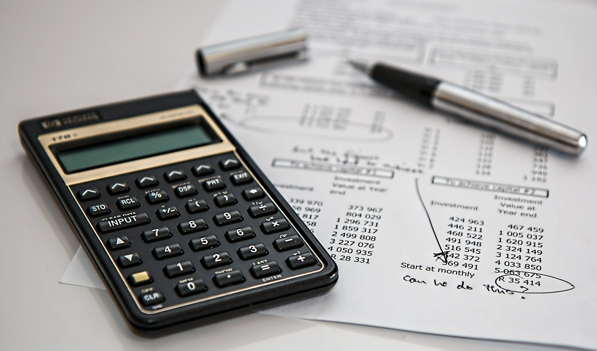 Figuring out how much to charge for tax preparation